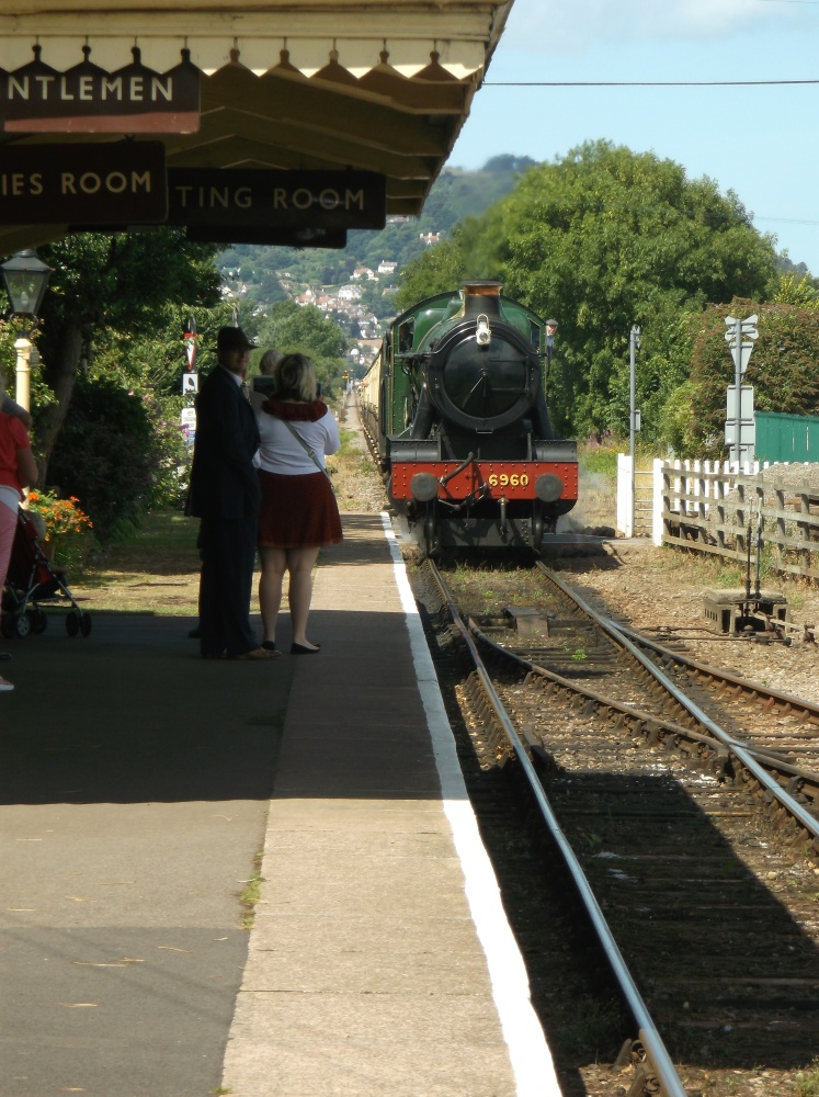 The 12.37 from Dunster (2/6)